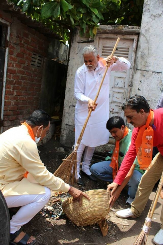 Promoted CleanIndia Project in Surat 2
